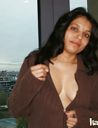 Kavya chaning her night dress after waking up in morning