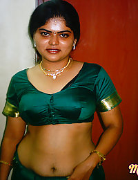 Neha in traditional green saree stripping naked