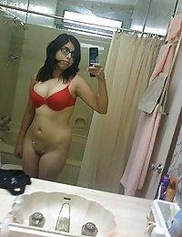 Young juicy indian girl self shoot pics