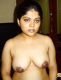 Neha wants her hubby to worhsip her and fuck her hard
